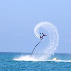 Acrobazie con FlyBoard